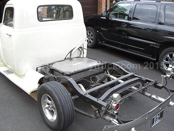 1952 Chevy Truck >> A 1952 Chevy Truck. Under bed fuel tank. Stainless steel exhaust. Decoupling the bed. Modern brakes.
